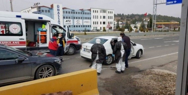 Yol kontrolünde koronavirüs şüphesi taşıyan bir kişi karantinaya alındı