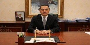 Vali Öksüz'den Milli Dayanışma Kampanyasına destek