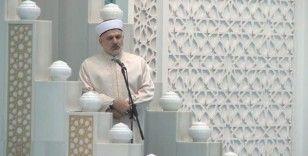 Ahmet Hamdi Akseki Camii'nde temsilen cuma namazı kılındı