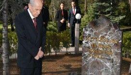 Bahçeli, vefatının 23. yılında Merhum Türkeş'in Anıtmezarını ziyaret etti