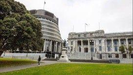 Yeni Zelanda'da Kovid-19'a yakalananların sayısı 1000'e yaklaştı