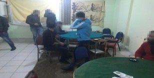 Kars'ta apartı kumar oynatmak için kiraladı