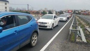 İstanbul'a giriş çıkışlarda uygulama noktalarında araç kuyruğu