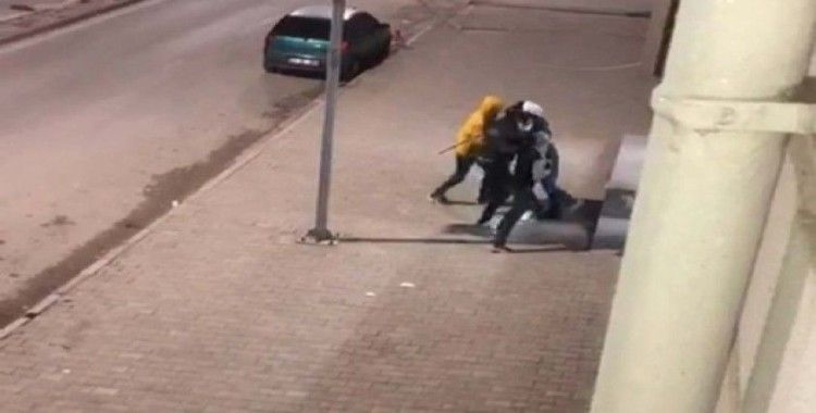 Kavga ihbarına giden polislere pastalı sürpriz