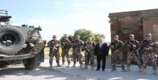 BBP Genel Başkanı Mustafa Destici'den Polis Teşkilatı'na kutlama