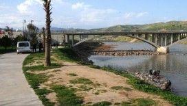 Cizre polisi park ve nehirlerdeki vatandaşları anonslarla dağıttı