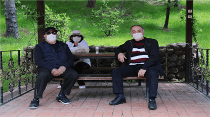 65 yaş üstü vatandaşlar 4 saatliğine sokağa çıktı