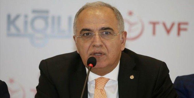 Voleybol Federasyonu Başkanı Üstündağ: Play-off oynamadığımız için şampiyon ilan etmiyoruz