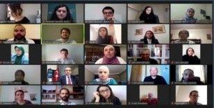 Yunus Emre Enstitüsü dünyanın dört bir yanında Türkçe öğrenen öğrencileri buluşturdu