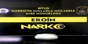 Bitlis'te metanfetamin ve eroin ele geçirildi