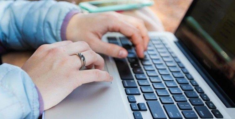 Koronavirüsle internet trafiğindeki artış tüm güne yayıldı
