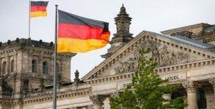Almanya'nın KRV eyaleti 14 günlük karantina uygulamasını kaldırdı