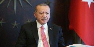 Cumhurbaşkanı Erdoğan Namaz Dağı üs bölgesindeki askerlerle görüştü