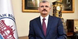"""Prof. Dr. Cevdet Erdöl: """"Türkiye bu salgında dünyaya rol model olmuştur"""""""