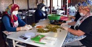 Kooperatifleşen kadınlar ev yemeklerini kazanca dönüştürdü