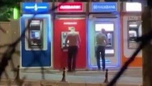 Ankara'da ATM'lerdeki paraları cımbızlayan hırsızlar yakalandı