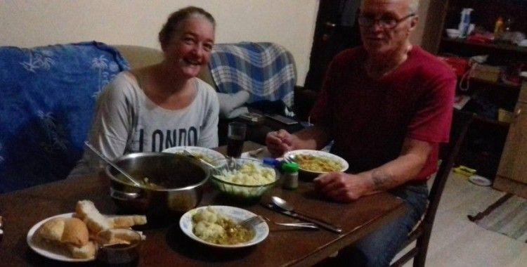 Yabancı uyruklu iki sevgili evde ölü bulundu