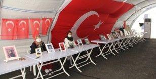 HDP önündeki ailelerin evlat nöbeti 262'nci günde