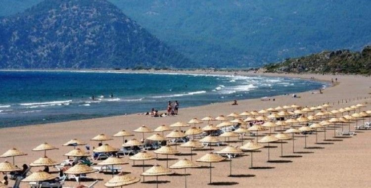 Türkiye'ye gelen yabancı ziyaretçi sayısı Nisan'da %99,3 azaldı