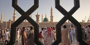 Arap ülkelerinde koronavirüs nedeniyle bayram namazı askıya alındı