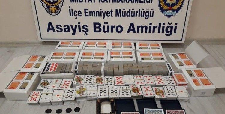 Kumar oynayan ve sosyal mesafeye uymamaktan 7 şahsa ceza kesildi