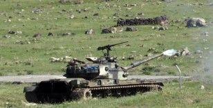 Mehmetçik Ağrı Dağı'ndaki eğitim atışlarında terör hedeflerini tam isabetle vurdu