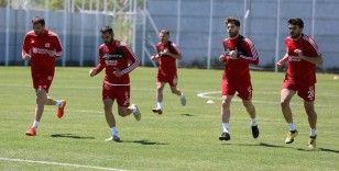 Sivasspor yoğun tempoda çalışıyor