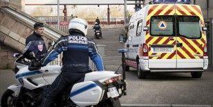 Fransa'da 75 yaşındaki milletvekili Kovid-19'dan hayatını kaybetti