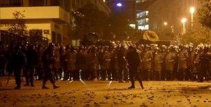Lübnan'da sokaklar karıştı: Gerekçe ekonomi!