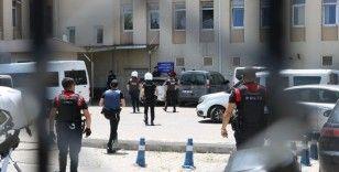 Polisi şehit eden zanlılar adliyeye çıkarıldı