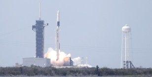 Spacex'in tarihi fırlatışta kullandığı roketi karaya ulaştı
