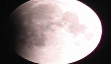 Pakistan'da Ay tutulması gözlemlendi