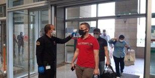 İstanbul Adalet Sarayı'nda yoğunluk önlemi