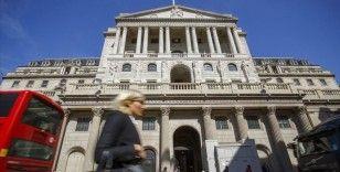İngiltere Merkez Bankası faizi sabit tuttu varlık alım programını artırdı