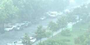 İstanbul'da sağanak yağış devam ediyor