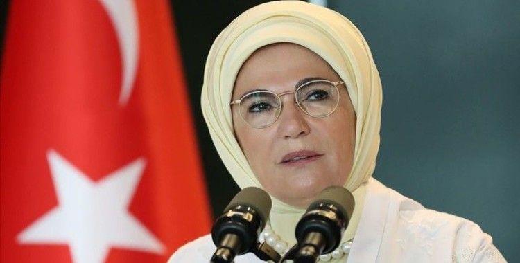 Emine Erdoğan'dan Dünya Mülteciler Günü paylaşımı