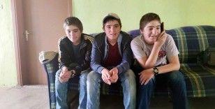 Tunceli'de, üçüzlerin sınav heyecanı