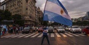 Arjantin'de karantina ve hükümet karşıtı gösteri