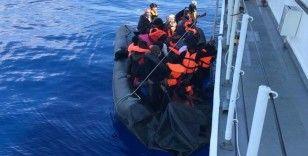 Yunanistan'ın ölüme terk ettiği göçmenleri Türk askeri kurtardı