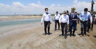 Vali Doğan, Erzin sahilinde incelemelerde bulundu