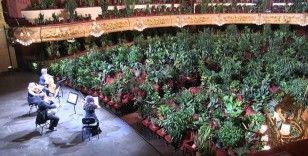 İspanya'da karantina sonrası ilk konser bitkilere verildi