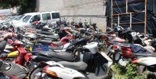 Otoparklar motosiklet mezarlığına döndü