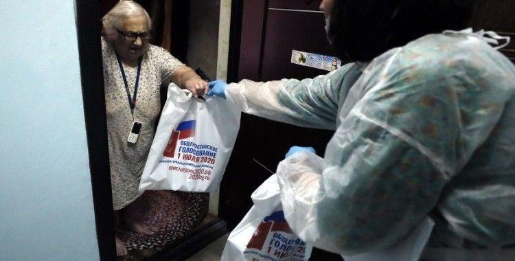 Rusya'da anayasa referandumu oylaması başladı
