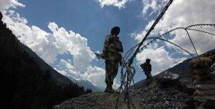 Hint ordu komutanı, Ladakh'ta askerlerin hazırlıklarını denetledi