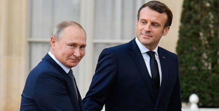 Putin ve Macron Libya'yı görüşecek