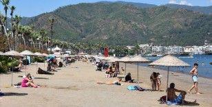 Marmaris'te tatilciler sokağa çıkma kısıtlamasından muaf tutuldu