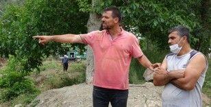 Kızı sele kapılan acılı baba konuştu: 'Kepçeyi dereye indirsinler kızımı ben çıkaracağım'