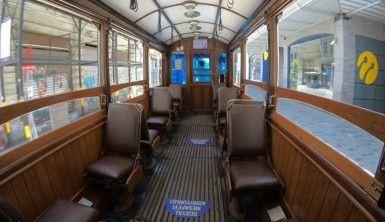 Nostaljik tramvayın sessiz yolculuğu
