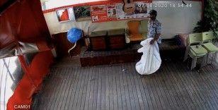 İstanbul'un göbeğinde ilginç hırsızlık kamerada