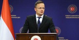 Macaristan Dışişleri Bakanı Szijjarto: AB'nin menfaati Türkiye ile sıkı bir iş birliği yapmasıdır